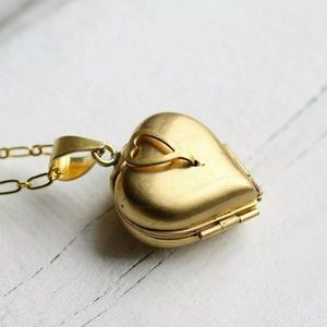 Vintage Folding Heart Locket Necklace